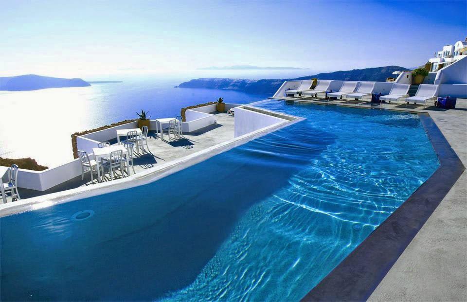 10 fotos de piscinas super elegantes for Albercas baratas y grandes