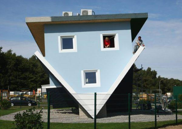 Casa al Revés