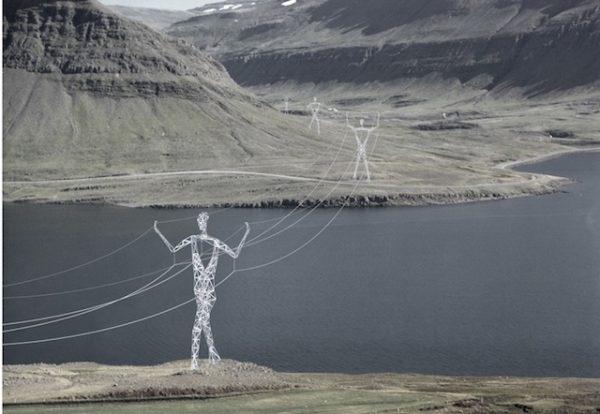 Torres eléctricas con forma humana en Islandia