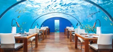 restaurante bajo las aguas del mar