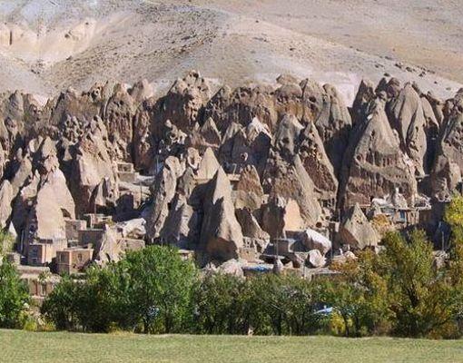 Casas enterradas en cuevas, Irani