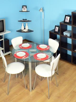 Elegir la mesa ideal para un comedor peque o for Mesas comedores pequenos