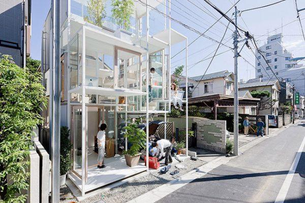 La casa transparente. ¿Cómo se vive en dicha casa?